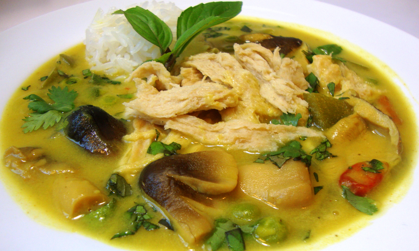 Thai Yellow Chikun Curry